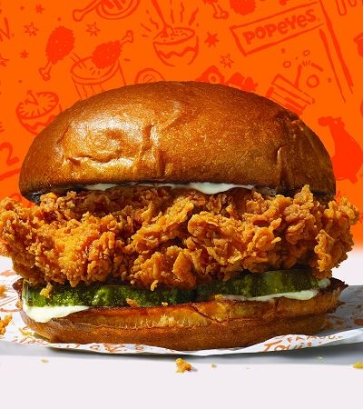 'The Sandwich': fã do lanche da Popeyes gera tsunami no 'Queremos' e sanduíche lidera ranking à frente até do BTS