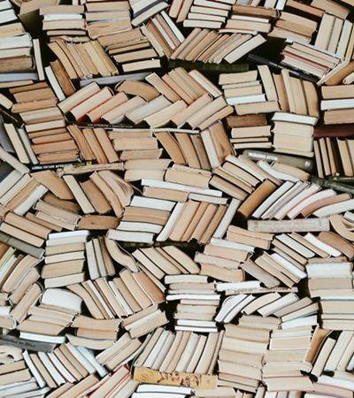 Livro é coisa de elite? 'NÃO!', dizem coletivos periféricos, professores e economistas