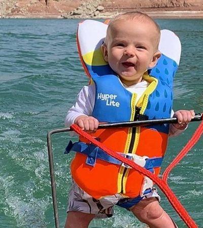 Pai recebe enxurrada de críticas após vídeo com bebê de 6 meses em esqui aquático