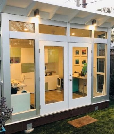 Pequenos galpões-escritório para eternizar o home office como estilo de vida