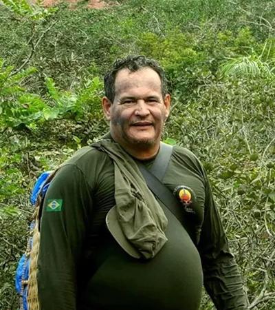 Indigenista é morto por flechadas de índios isolados e Funai diz que território 'está sendo invadido'
