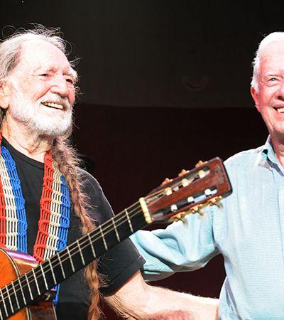 O dia em que Willie Nelson e o filho de Jimmy Carter dividiram um baseado no teto da Casa Branca