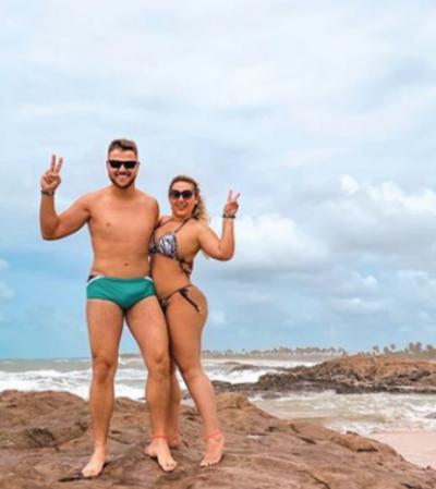 Instagram usa política de privacidade questionável e derruba foto de sertanejo por 'volume' na sunga