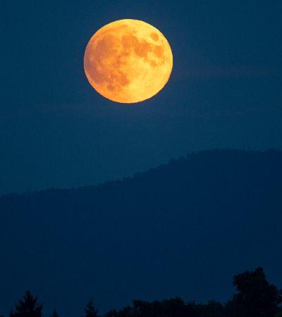 A Lua está perdendo o brilho e a culpa é da relação tóxica com a Terra; entenda