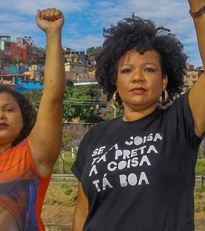 Plenária virtual de candidatas negras é invadida por ataques racistas: 'Negro macaco' e 'brancos no topo'