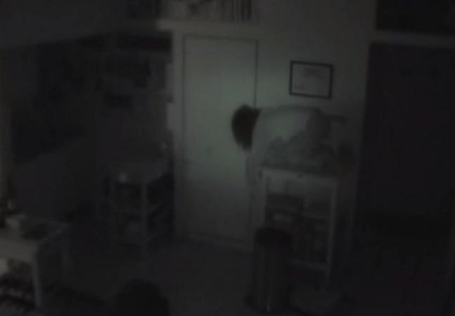 Ator diz ter descoberto estranha vivendo em seu apartamento escondida; assista