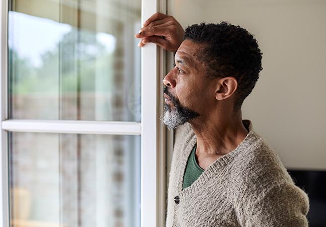 Depressão pós parto também pode afetar homens; saiba como identificar