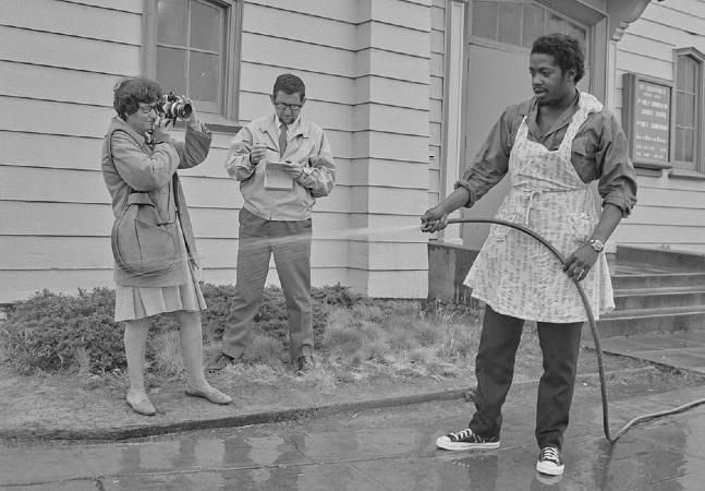 Fotos recém descobertas mostram o cotidiano dos Panteras Negras como você nunca viu