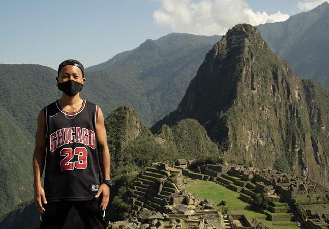 A paciência e a solidariedade do 1º turista a visitar Machu Picchu desde março; totalmente sozinho