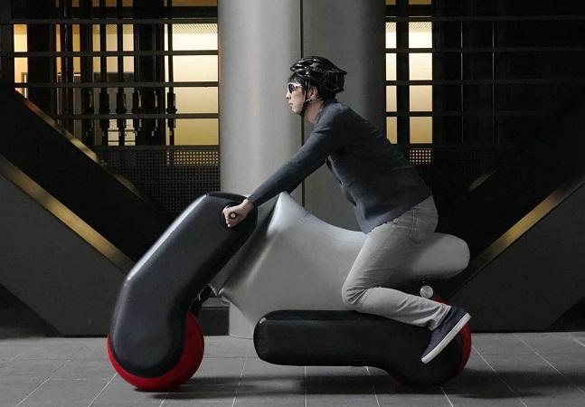 Scooter elétrica, inflável e feita sob medida é desenvolvida em universidade no Japão