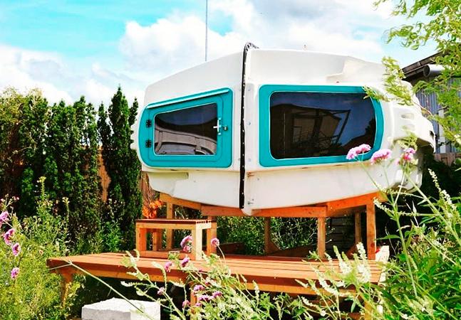 Este acampamento em Roterdã tem barracas feitas totalmente de veículos reaproveitados