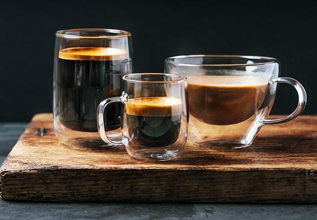 Quantas xícaras de café podemos tomar por dia sem prejudicar a saúde