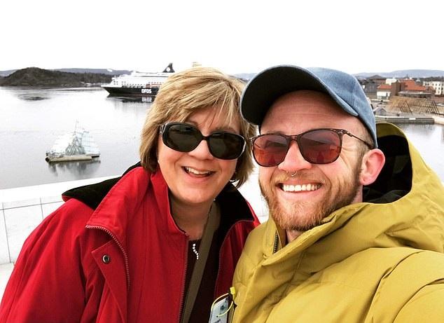 Bennett e mãe