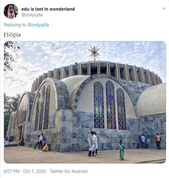 Imagem de uma igreja de arquitetura ortodoxa