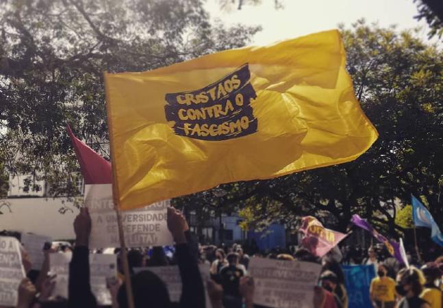 Frente ampla 'Cristãos Contra o Fascismo' vai lançar 42 candidaturas pelo Brasil