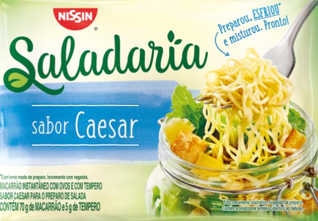 Salada de macarrão: Nissin lança macarrão instantâneo para ser consumido frio