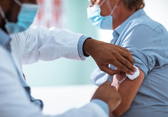 Professores serão segundo grupo para vacinação contra Covid-19 em SP