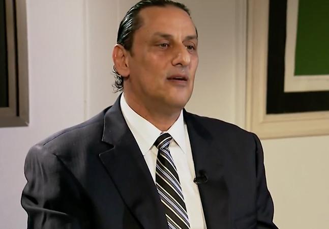 'Meu pai tem o cabelo bem pixaim': diz Wassef, ex-advogado da família Bolsonaro, acusado de chamar mulher de 'macaca'