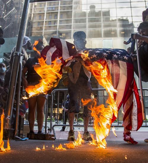 Democracia cancelada: censura e violência nas eleições americanas