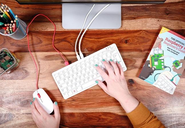 Teclado portátil com computador dentro é a grande sensação do momento