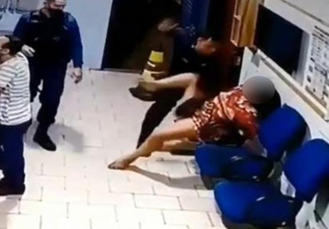 PM espanca mulher algemada na frente dos filhos e dentro de delegacia