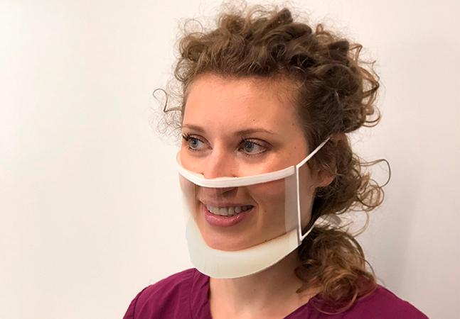 Empresa cria máscara transparente aprovada para uso médico que facilita leitura labial