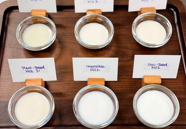 Impossible Foods está testando leite vegetal que promete sabor idêntico ao original