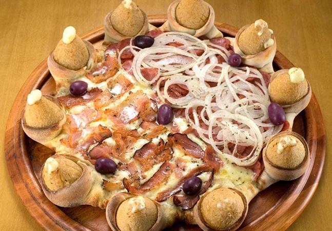Pizza com borda de coxinha existe e está mais perto do que você imagina