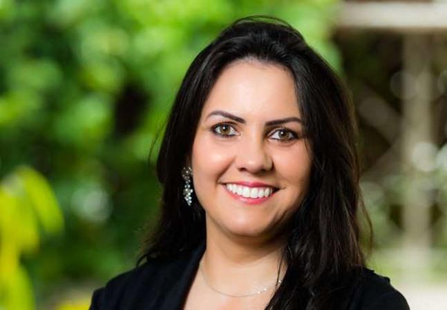 Professora de escola pública, brasileira é finalista de 'Nobel da Educação'