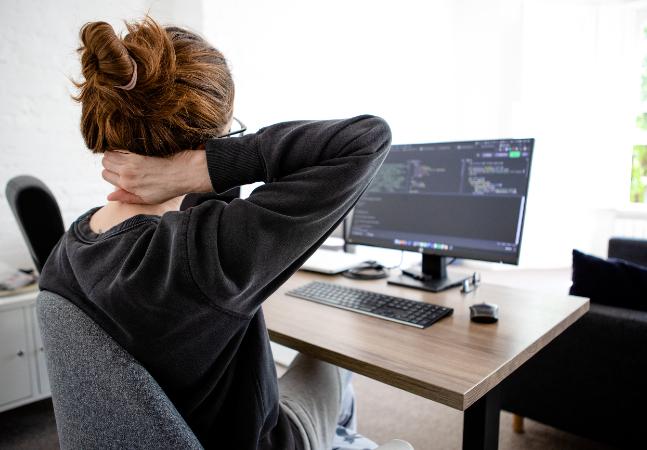 Cadeira de escritório: 4 modelos para trazer paz à sua coluna