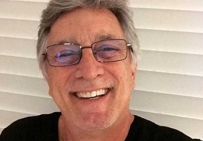 Eduardo Galvão, ator da Globo de 58 anos, é intubado em UTI para tratar coronavírus