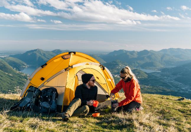 Pensando em acampar? Veja 5 itens que não podem faltar na aventura
