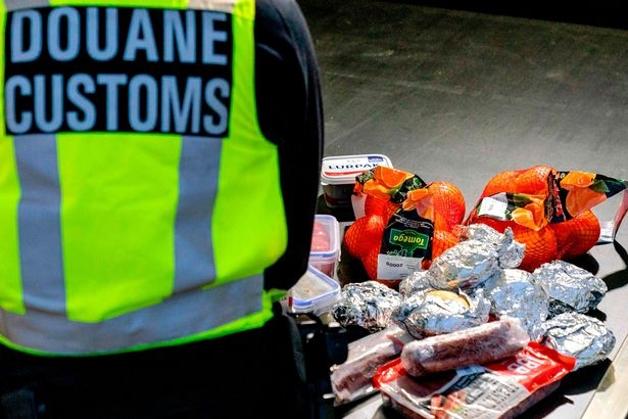 Alimentos encontrados em veículo britânico que entrava na Holanda