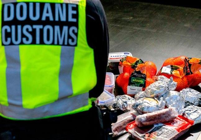 Britânico não pode entrar na Holanda com sanduíche e ouve: 'Bem-vindo ao Brexit'