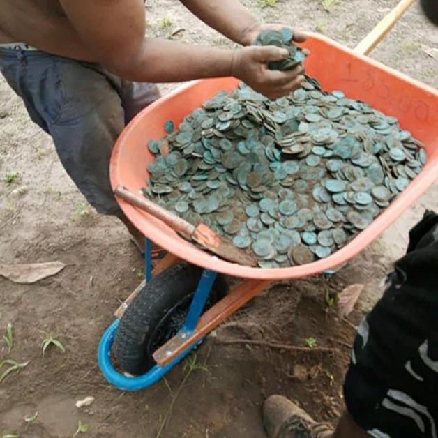 como moedas encontradas em Colares, no Pará