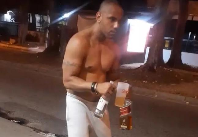 Vídeo: bombeiro preso por matar ciclista atropelado aparece cambaleando com garrafa na mão antes de acidente