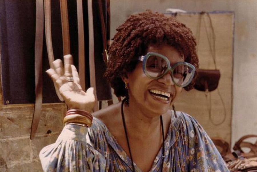 Foto de Lélia Gonzalez em 1979, no Senegal