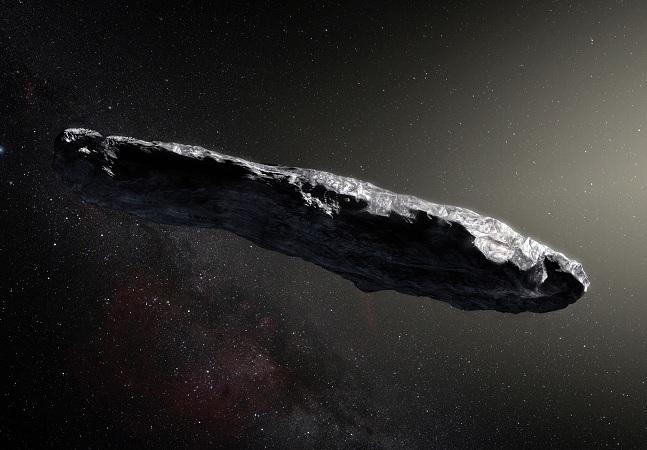 Maior astrônomo de Harvard acredita que alienígenas tentaram contato com a Terra em 2017