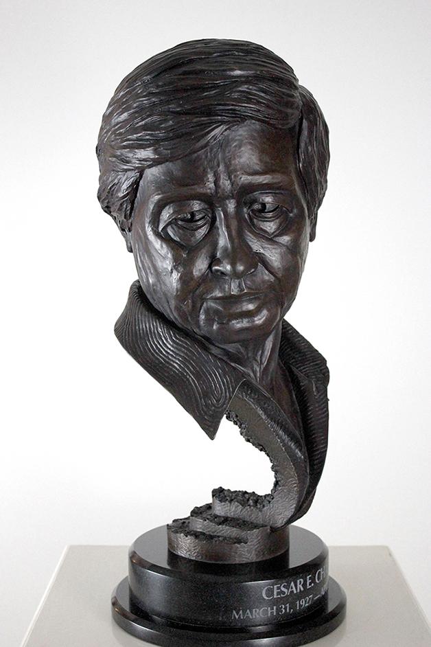 O busto de Cesar E. Chavez