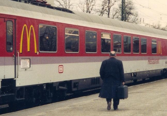 McTrem: ascensão e queda do ambicioso plano do McDonald's para conquistar as ferrovias