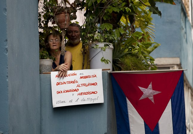 Cuba tem número baixo de mortos por covid-19 e vive expectativa por vacinas desenvolvidas na ilha