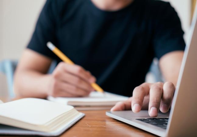 Yale abre vagas para cientistas brasileiros interessados em programa de mentoria