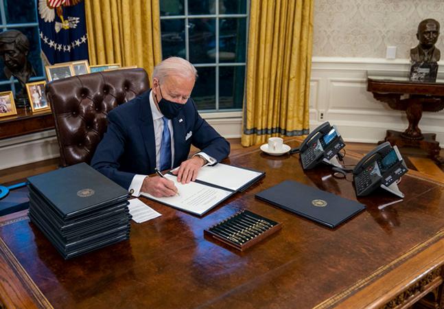 Como a decoração do Salão Oval mudou desde a mudança de Biden para a Casa Branca