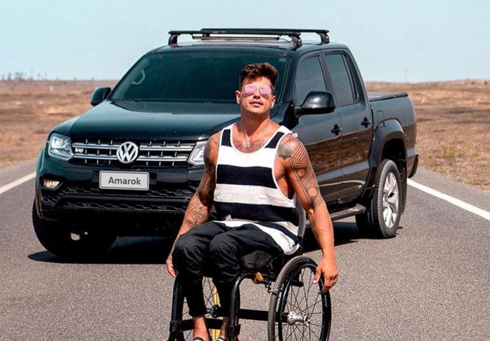 Fernando Fernandes é um influenciador cadeirante