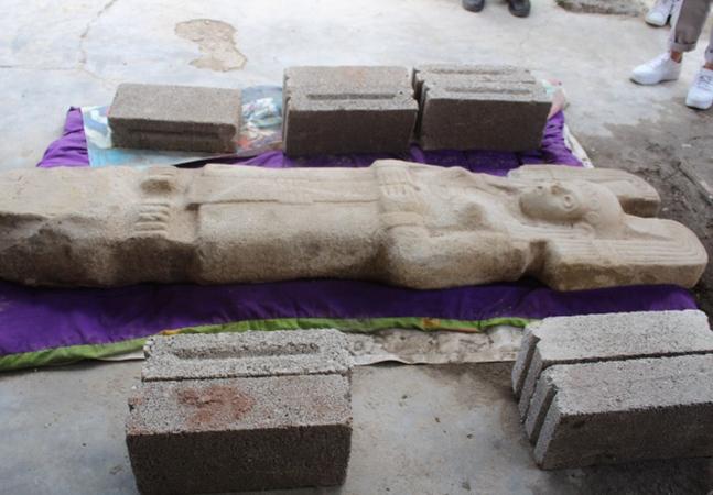 México celebra descoberta de estátua de mulher da elite pré-hispânica