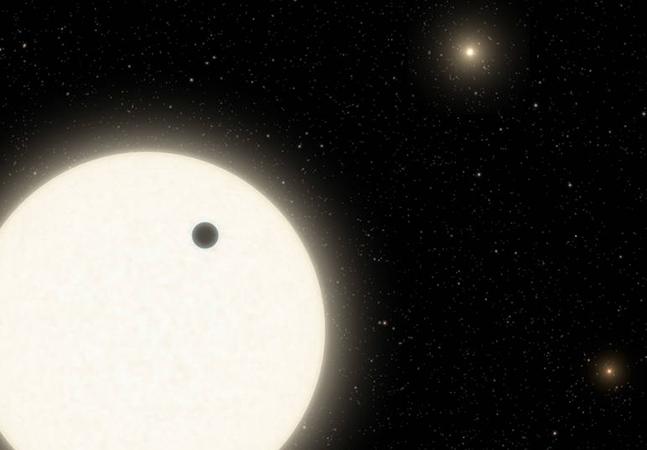 NASA confirma existência de planeta em sistema com 3 sóis