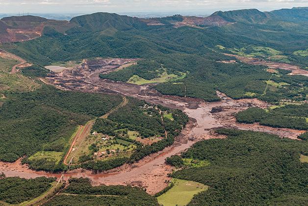 Parte do rastro do lama vinda da barragem rompida em Brumadinho