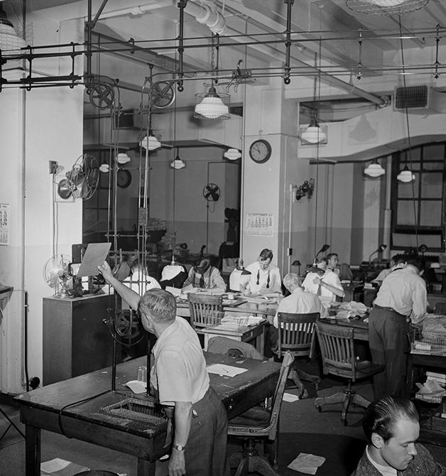 Redação do NY Times em setembro de 1942, fotografada por Marjory Collins