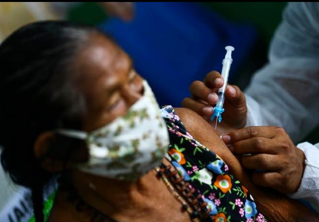 Fundo Brasil e COIAB têm campanha para levar oxigênio e alimentos a povos indígenas