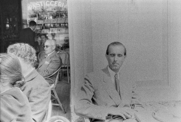 Homem em foto descoberta em filme fotográfico de 70 anos atrás